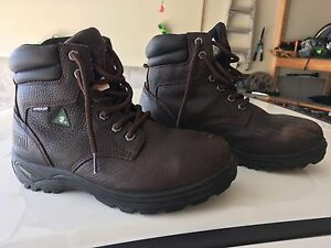 Steel toed safety boots size 8.5 (ladies)