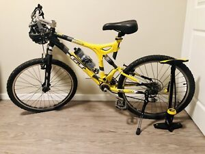 GT Mountain Bike With Extras