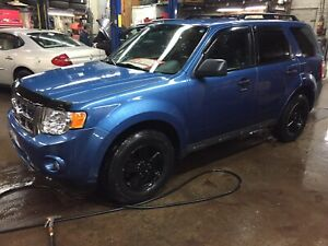 Ford escape 2010 xlt  4x4 49020km