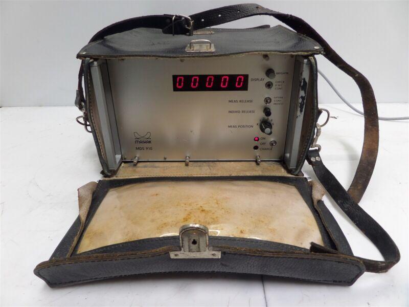 Maihak MDS 910 Vintage Oscilloscope w/ bag