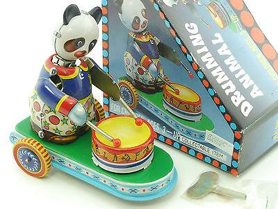 MS 565 Drumming Animal Panda Uhrwerk Blechspielzeug China OVP SG 1412-06-61