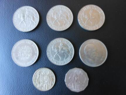 COINS - 6 ENGLISH CROWNS, 1 CAPT COOK 1970 50c, 1 ROUND 1966 50c Maylands Bayswater Area Preview