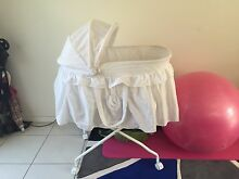 Bassinet and travel bassinet Hollywell Gold Coast North Preview