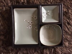 Assorted brand new sauce bowls/ serving dishes in gift boxes