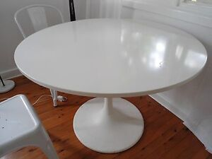 Modern white dining table Elanora Heights Pittwater Area Preview