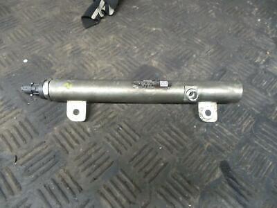 fuel injector Rail Z19DTH Diesel Vectra C 2002-2008 Bosch 0445214122 55197372