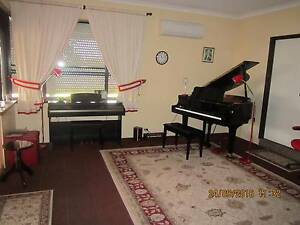 Piano Lessons for everyone Beeliar Cockburn Area Preview