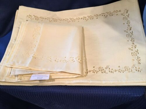 Set of 5 Yellow Polyester Placemats & 4 Napkins Cutwork  Design