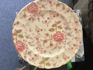 Johnson Brothers Rose Chintz