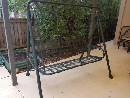 Outdoor swing chair - 3 seater (sans cushions)