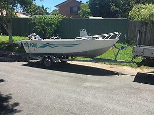 Stessco hurricane 4.45 boat Bracken Ridge Brisbane North East Preview