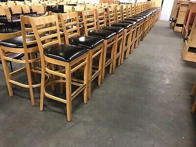 Natural Wood Finished Ladder Back Wooden Restaurantbar Chair.
