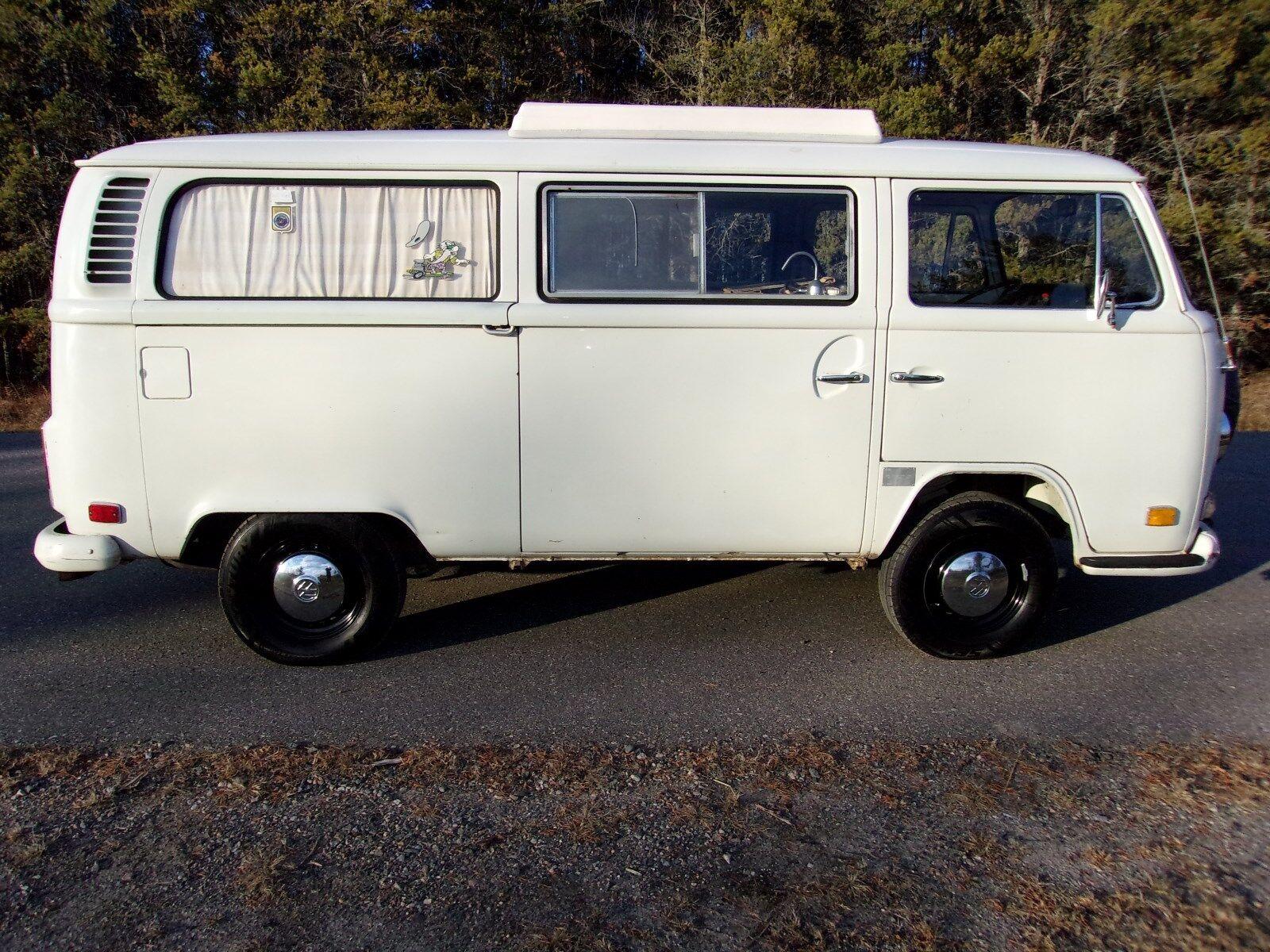 1972 Volkswagen Bus/Vanagon Riviera camper 1972 VW Volkswagen camper van Riviera like westy westfalia transporter van bus