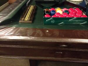 Amazing condition Brunswick 5x8 pool table