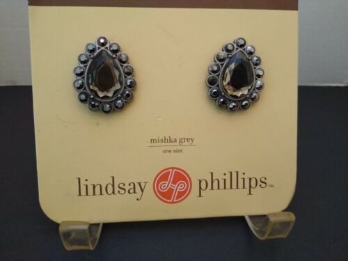 NEW LINDSAY PHILLIPS MISHKA GREY SILVER PAIR SHOE SNAPS TEARDROPS SHAPE