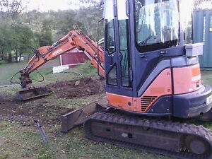 Excavator 3.5t Airlie Beach Whitsundays Area Preview