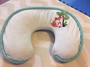 Boppy Heirloom Feeding Pillow