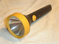 Yellow And Black  68-1040 Vintage Radio Shack Plastic Flashlight