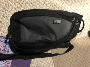 Thinktank turnstyle 10 camera sling/bag