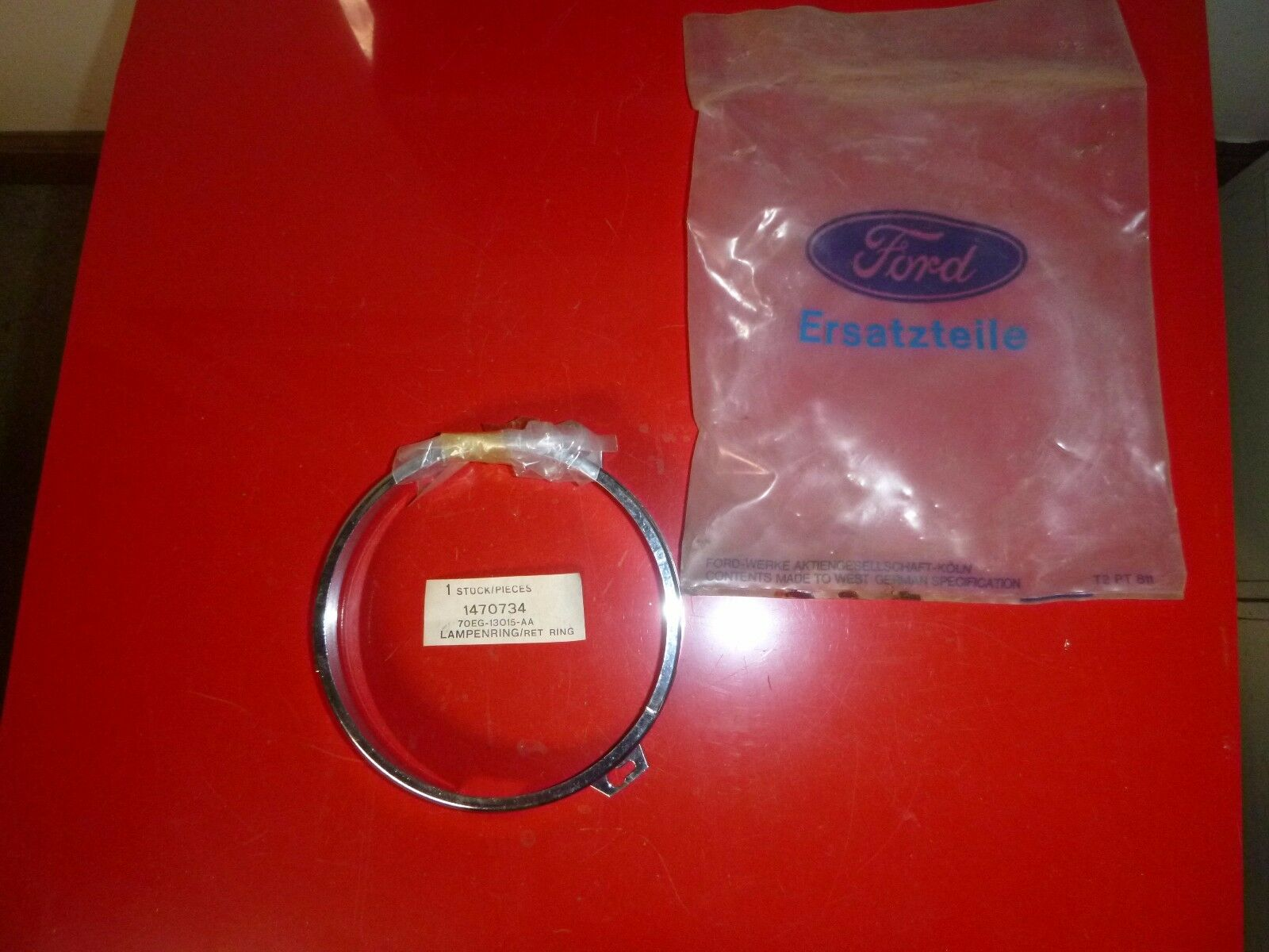 Ford Retainer Ring Headlight Bezel  NOS # 1470734