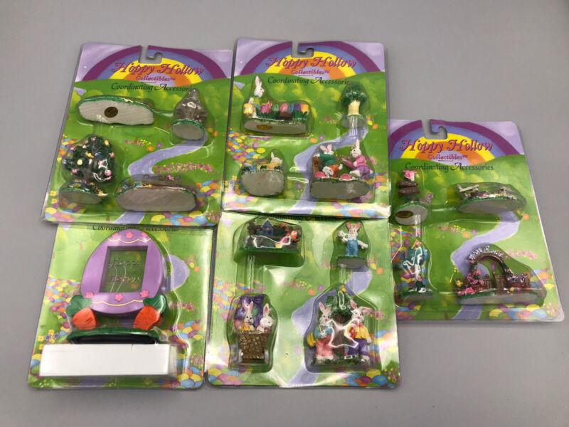 17 pcs (5 Sets) NIP Hoppy Hollow Collectibles Easter Village Accessories