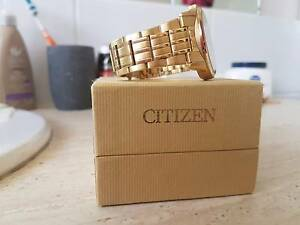 Gold plated mens watch Melbourne CBD Melbourne City Preview