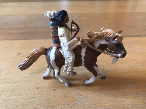 Schleich Indianer 70302 Sioux Junge mit Pfeil und Bogen auf Pony Wild West