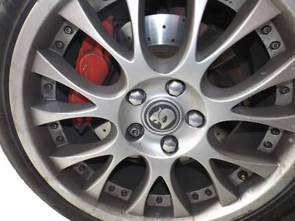 VZ MALOO HSV WHEELS SET OF 4 GENUINE FOR SALE WITH TYRES Morisset Lake Macquarie Area Preview