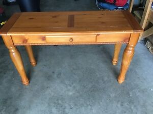 Maple Console table