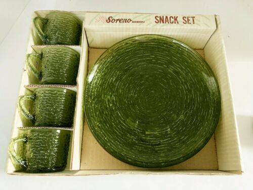 MCM Vintage Anchor Hocking Soreno Avocado Green 8 Piece Snack Set Plates Cups