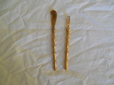 Vintage bamboo handle snack set fork & spreader, gold tone - Tone Spreader Set