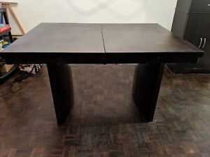 Moving sale: Dining Table Extendable