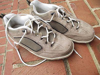 Route 66 Footwear mens size 9 leather sneakers  Beige ties upper leather EUC tan