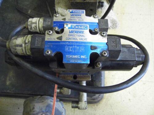 Tokimec Vickers control valves w body DG4SM-3-2C-P&-H-52, DG4SM-3-2A-P7-H-52,24v