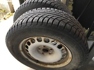 Set of 4 16 inch snow tire with rims. Only used one season.