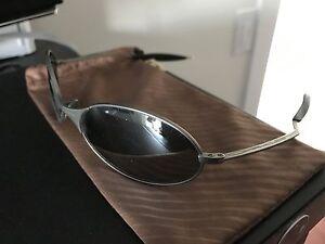 Like new Oakley T-Wire titanium sunglasses