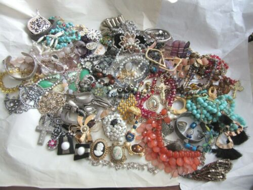 Vintage lot of jewelry for re-purpose  craft projects, many wearable pieces
