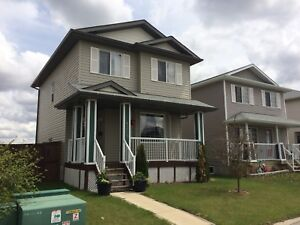 House For Rent Camrose AB !!!