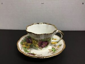 "Salisbury ""PANSY"" Fine Bone China Tea Cup & Saucer"