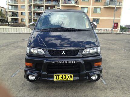 2004 Mitsubishi Delica Chamonix 4x4,7 seater....