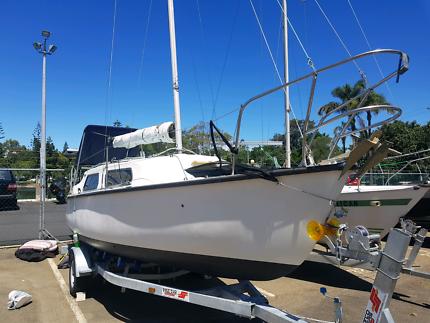 Yacht RL 24.