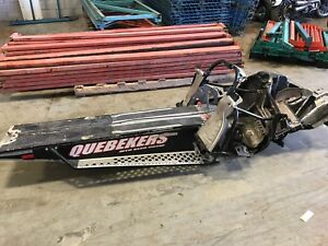 Tunnel chassis polaris rmk 800 assault 2010 500$