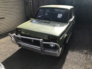 Lada Niva - complete, runs and drives. Needs TLC Cremorne Yarra Area Preview