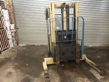 Crown24v fork lift mod 30wrtl102 North Bondi Eastern Suburbs Preview