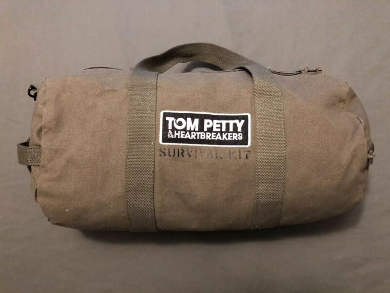 RARE Tom Petty Heartbreakers 2014 Tour VIP Only Survival Kit Duffel Gym Bag