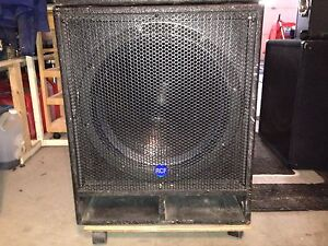 Ensemble Subwoofer RCF et amplie CROWN