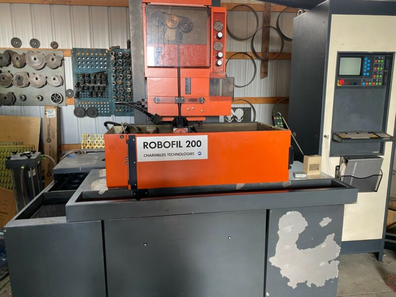 Charmilles Robofil 200 Wire EDM, Currently under power available for inspection