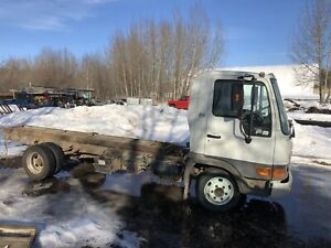 2001 hino FB1817 for parts