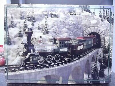 NEW BRIGHT GREATLAND HOLIDAY EXPRESS VILLAGE SPECIAL CHRISTMAS TREE TRAIN SET