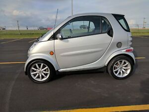 2006 SMART FORTWO PASSION COUPE (2 DOOR) - MAKE YOUR BEST OFFER